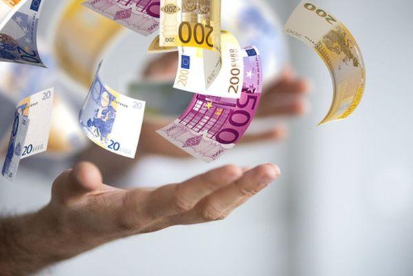 Bild Geld mit Hand